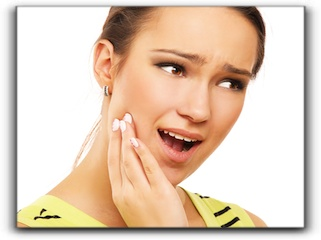Come See Your Sandy Utah Cosmetic Dentist For Those Mouth Sores